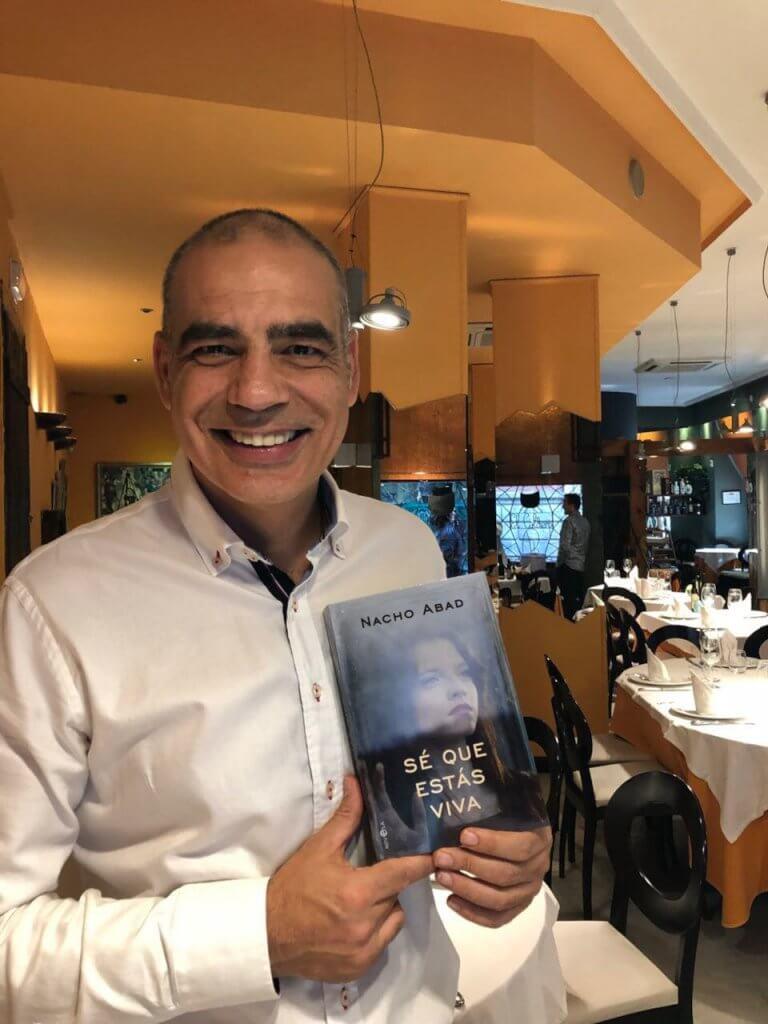 %name Nacho Abad y su novela en El Caldero